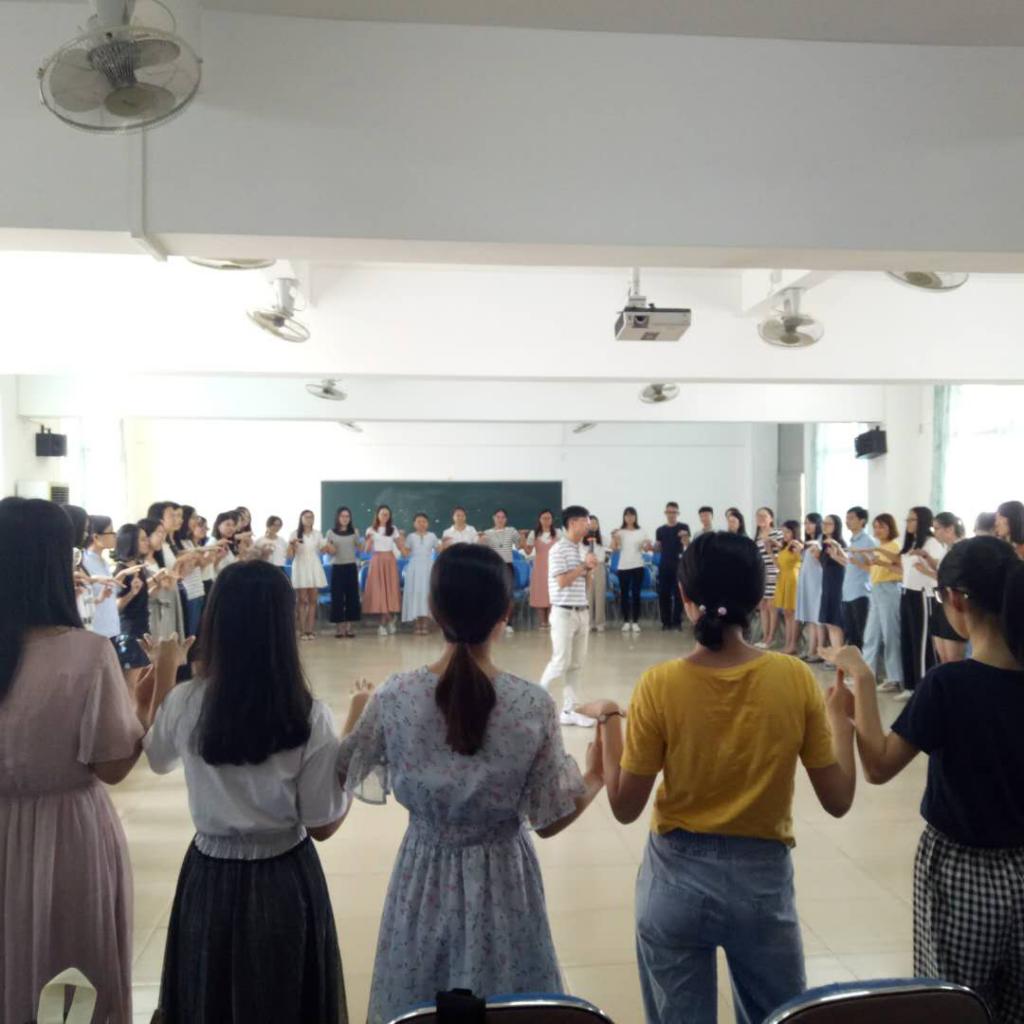 """增城区新教师团辅:做幸福教师,从""""心""""开始"""